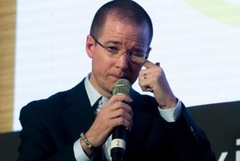 """""""Gobierno de AMLO invierte en cosas que no tienen sentido"""": Ricardo Anaya"""