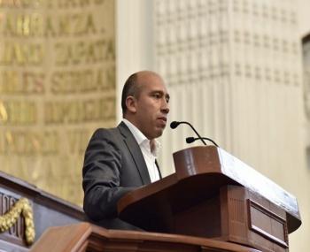 Rinde Congreso CDMX minuto de silencio por Norberto Ronquillo