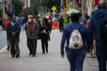 Colombia supera el millón de casos de Covid-19; teme a una nueva ola del virus