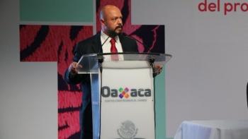 Presenta renuncia Roberto Ochoa Romero, subprocurador de la FGR