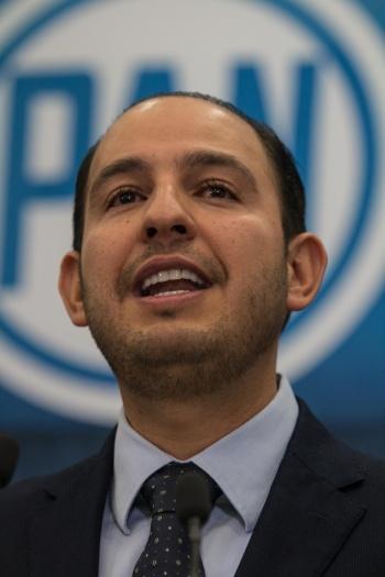 PAN lanza alerta internacional sobre posible reelección de AMLO