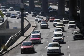 CDMX: Plantean subir monto de autos para exentar pago de tenencia