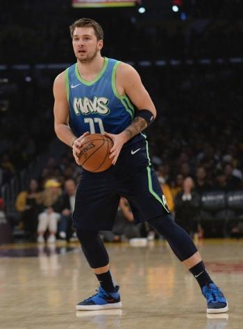 Pistons y Mavericks protagonizan el juego número 29 de la NBA en México