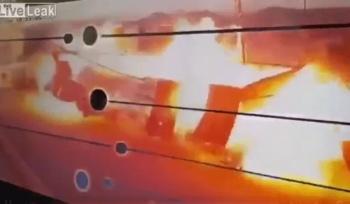 Video: Explota gasolinera en Arabia Saudita cuando descargaban combustible