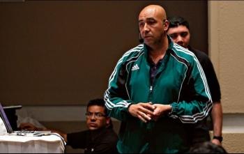 Sancionan a Mauricio Morales por inasistencia a junta previa del Chivas vs Querétaro