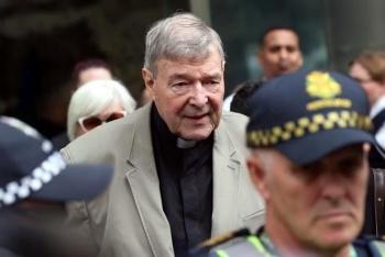 Absuelven a ex tesorero del Vaticano