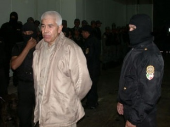 Se iniciarán juicios para que bienes de delincuentes se queden en México: AMLO
