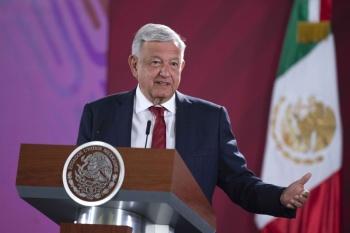 """Advierte AMLO a """"superdelegados"""" no cometer actos de corrupción"""