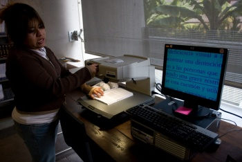 La UAQ inaugura biblioteca para personas con discapacidad visual