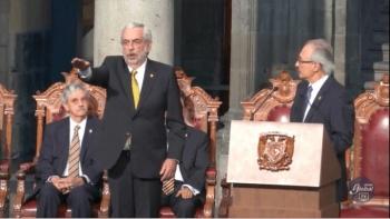 Enrique Graue toma protesta como rector de la UNAM