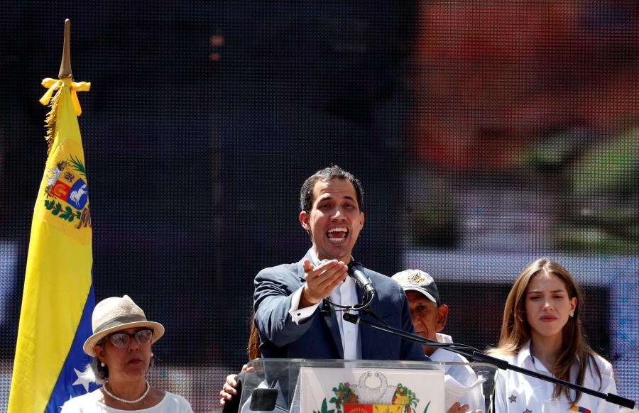 Guaidó afirma que la ayuda humanitaria entrará el 23 de febrero