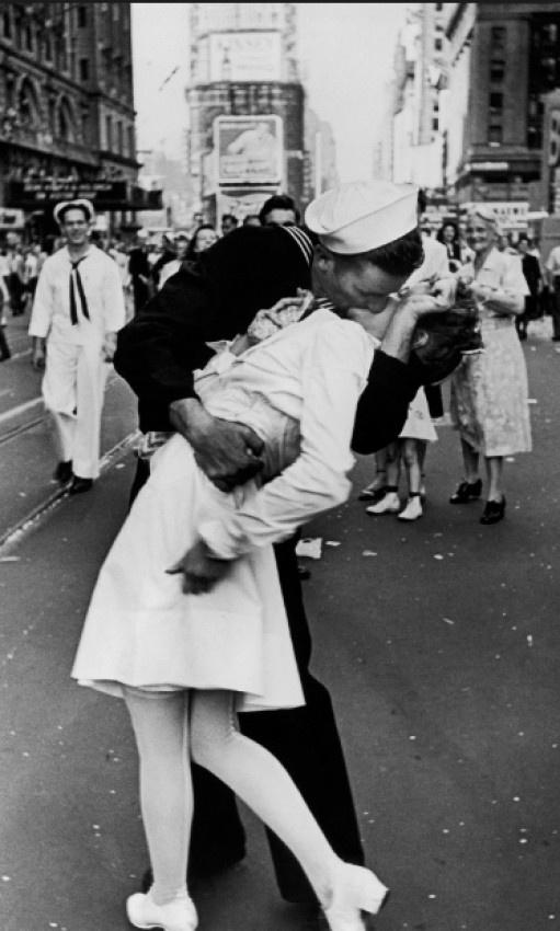 Muere el marinero de la foto del beso en Times Square al final de la II Guerra Mundial