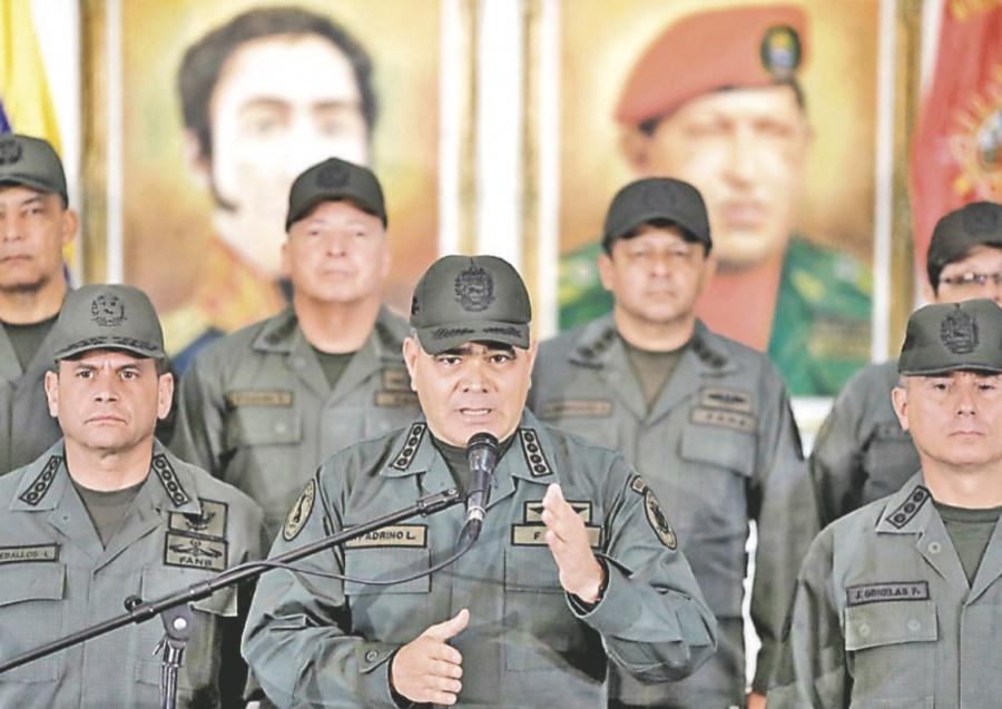 ...Y la dictadura chavista presume apoyo castrense