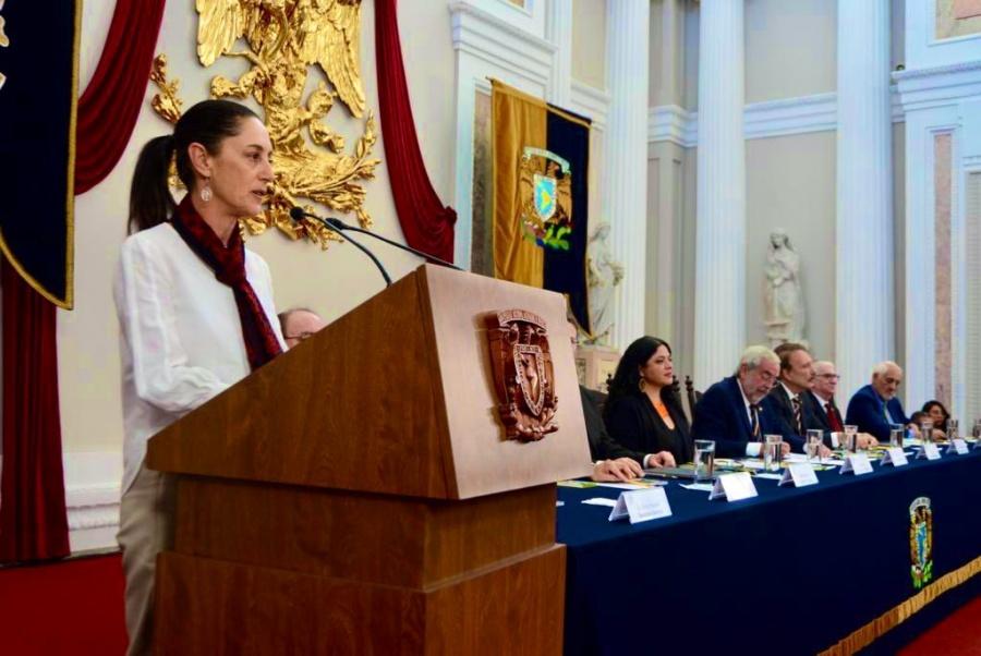 Sheinbaum anuncia en la FILPM, acciones para fomentar la lectura en la CDMX
