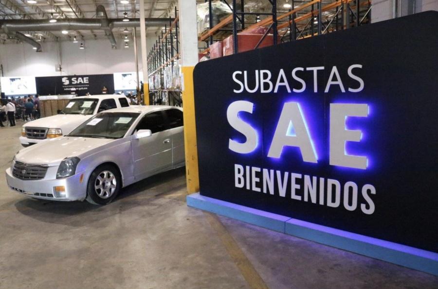 Subasta de autos presidenciales suma 30 mdp