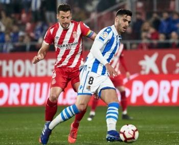 Héctor Moreno y la Real Sociedad empatan sin goles ante el Girona