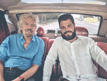 Vinculan a Branson con los Castro y CIA