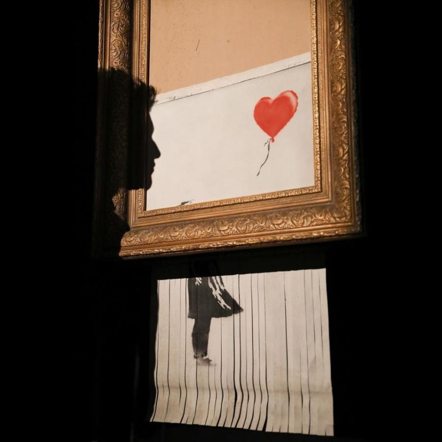 Obra de Banksy triturada llega a Alemania
