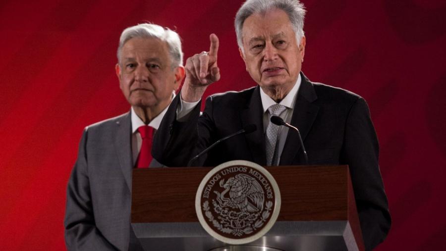 Calderón promovió medidas inconstitucionales: Bartlett