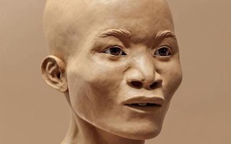 Naia, el esqueleto más antiguo de América, fue madre maltratada