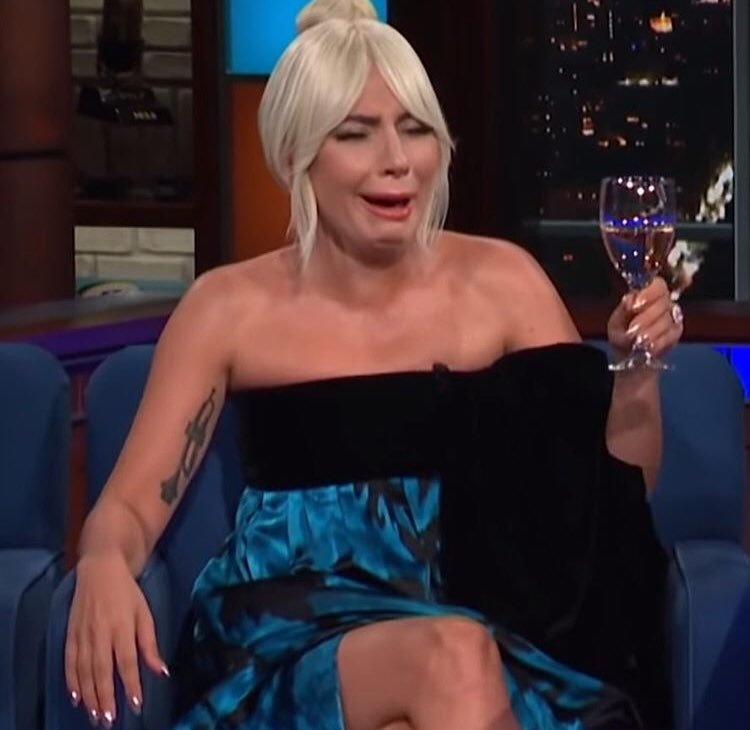 Lady Gaga responde que sí está embarazada