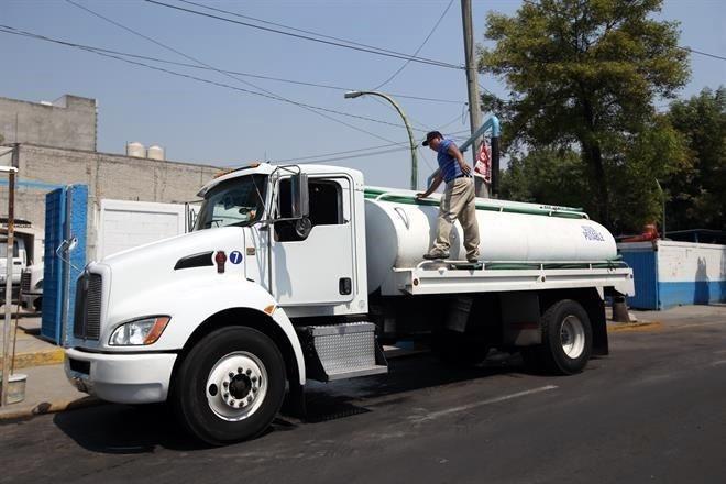SACMEX dispone 4 pipas a la Benito Juárez para solucionar desabasto