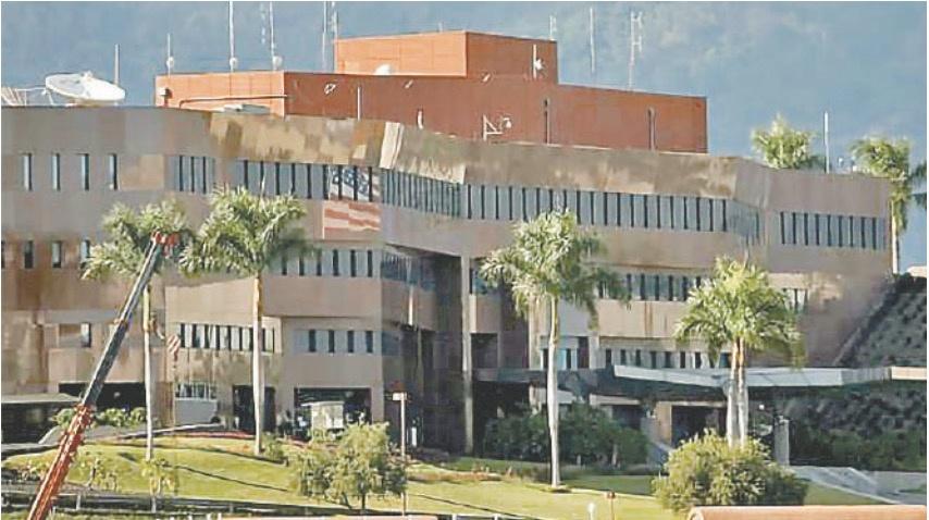 Vacía Estados Unidos embajada en Caracas