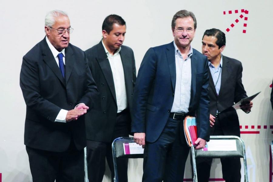 Esteban Moctezuma anuncia fortalecimiento de Escuelas Normales