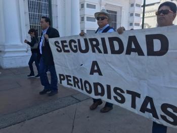 Periodistas exigen justicia por homicidio de periodista en Sonora