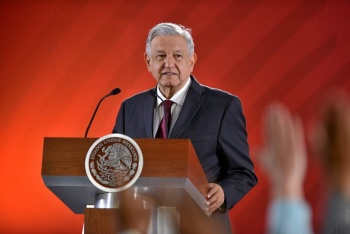 Reitera López Obrador que firmará compromiso de no reelección
