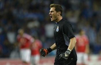 Iker Casillas, se declara fiel aficionado del Cruz Azul