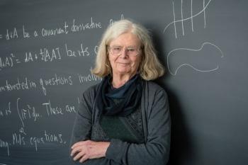 Conoce a karen Uhlenbeck; la mujer que ha cambiado el panorama de las matemáticas