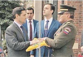 Alfil de Guaidó en EU toma consulados venezolanos