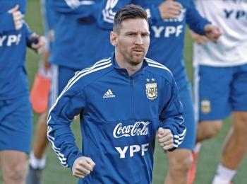 Tras 8 meses, Messi vuelve a entrenar con la Albiceleste