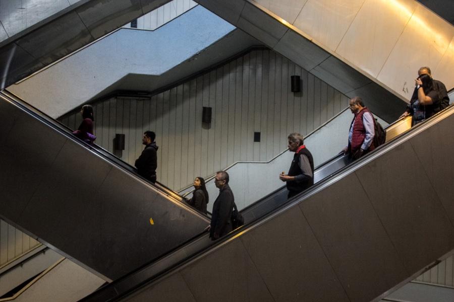 Escaleras eléctricas en Línea 7 del Metro listas para este viernes