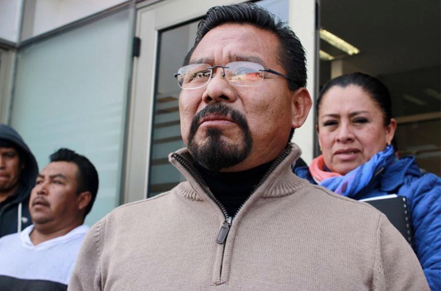 Charrez pide licencia para enfrentar proceso penal