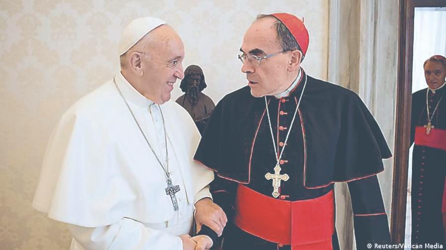 Papa perdona a cómplice de pederastas