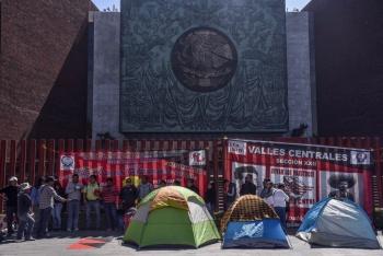 Mario Delgado descarta uso de la fuerza pública por bloqueo de maestros