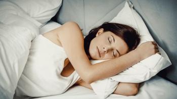 Recuperar el sueño durante el fin de semana no es saludable