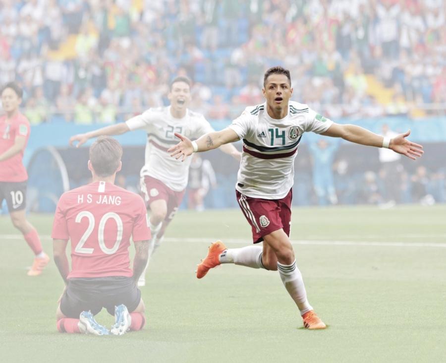 Chicharito está a 2 goles de los 20 mejores del mundo