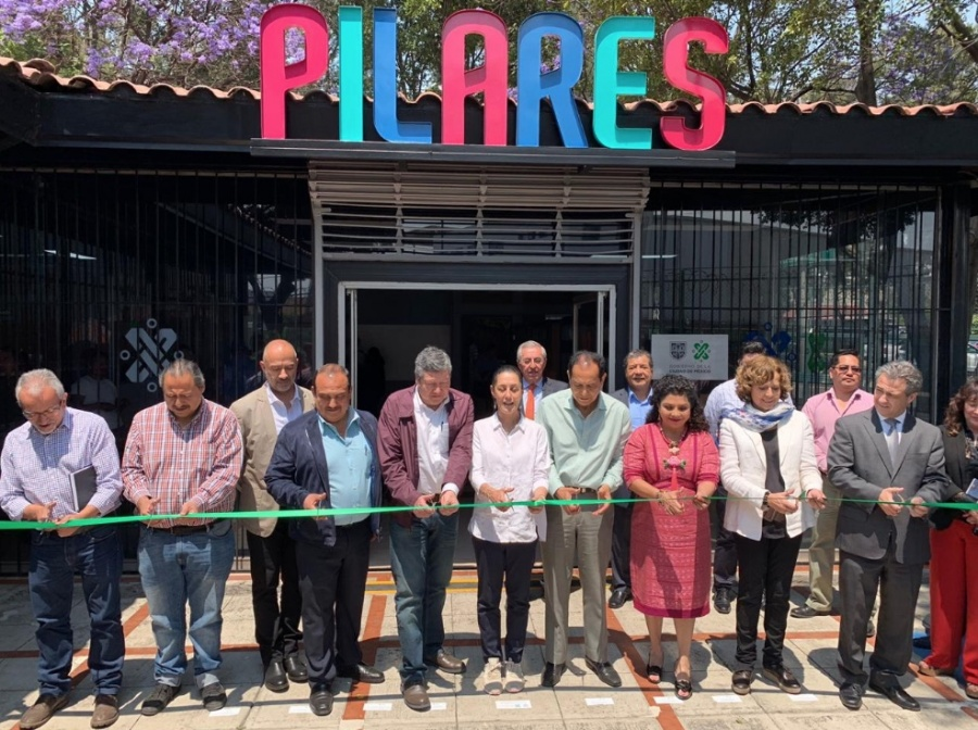 Inauguran dos nuevos Pilares en Iztapalapa