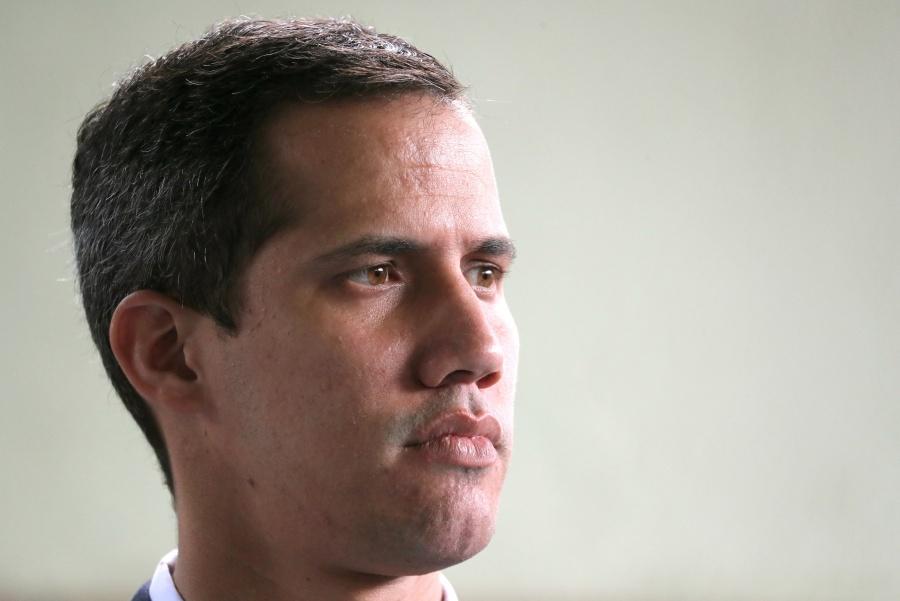 Tras detención de colaborador, Guaidó asegura que no será intimidado