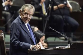 CNTE desaloja la Cámara de Diputados: Muñoz Ledo