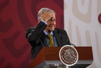 Lamenta López Obrador desaparición del PES