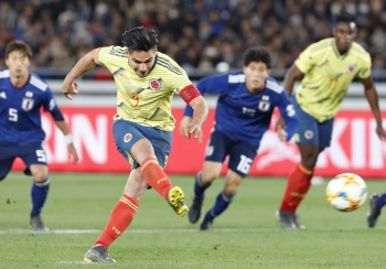 En debut de Queiroz como entrenador, Colombia vence 1-0 a Japón