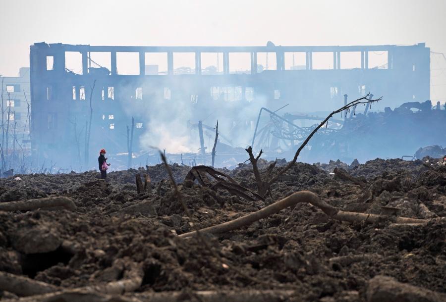 Aumenta a 64 la cifra de muertos por explosión en planta química de China