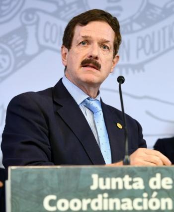 En Reforma Educativa no se puede permitir chantajes: Romero Hicks