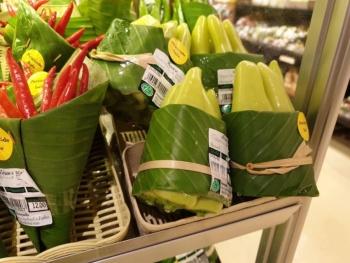 En Tailandia le dan la bienvenida a las hojas de plátano para olvidarse del plástico