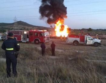 Se incendia toma clandestina en Axapusco, Estado de México