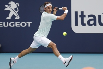 Federer avanza a octavos de final en el Masters 1000 de Miami